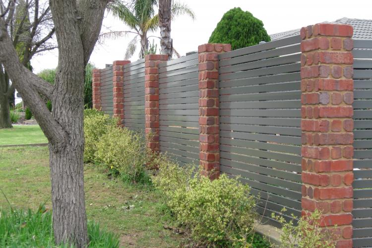 Residential Fencing In Adelaide General Builder